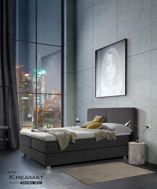 kreamat bed in slaapkamer
